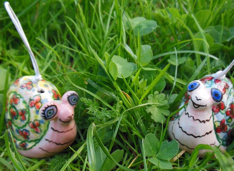 Ceramic snail